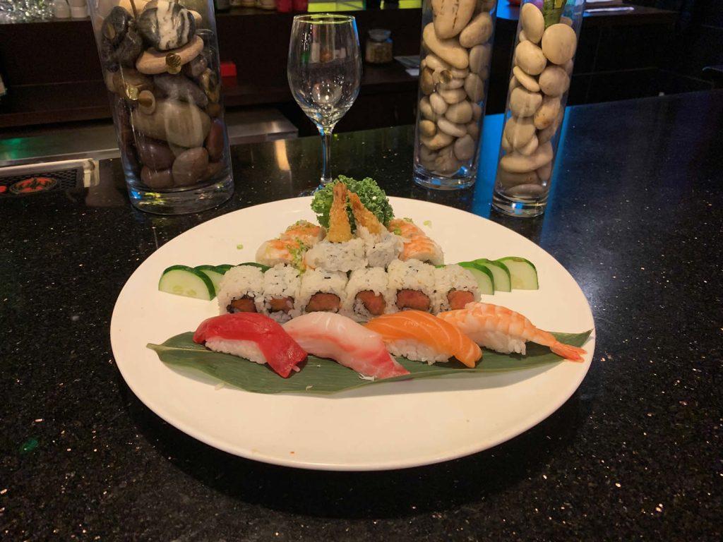 AAki Sushi Combo